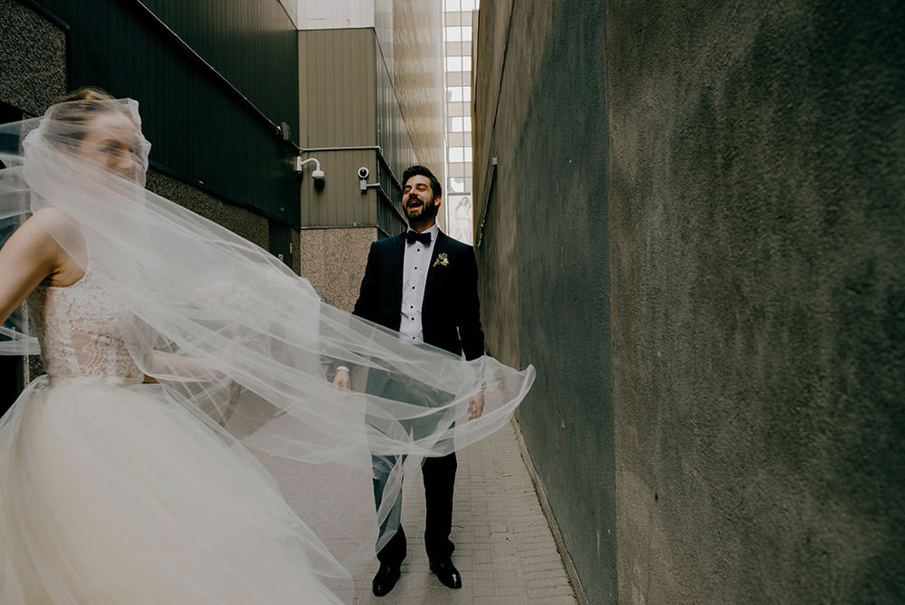 bride's veil flies backward in toronto