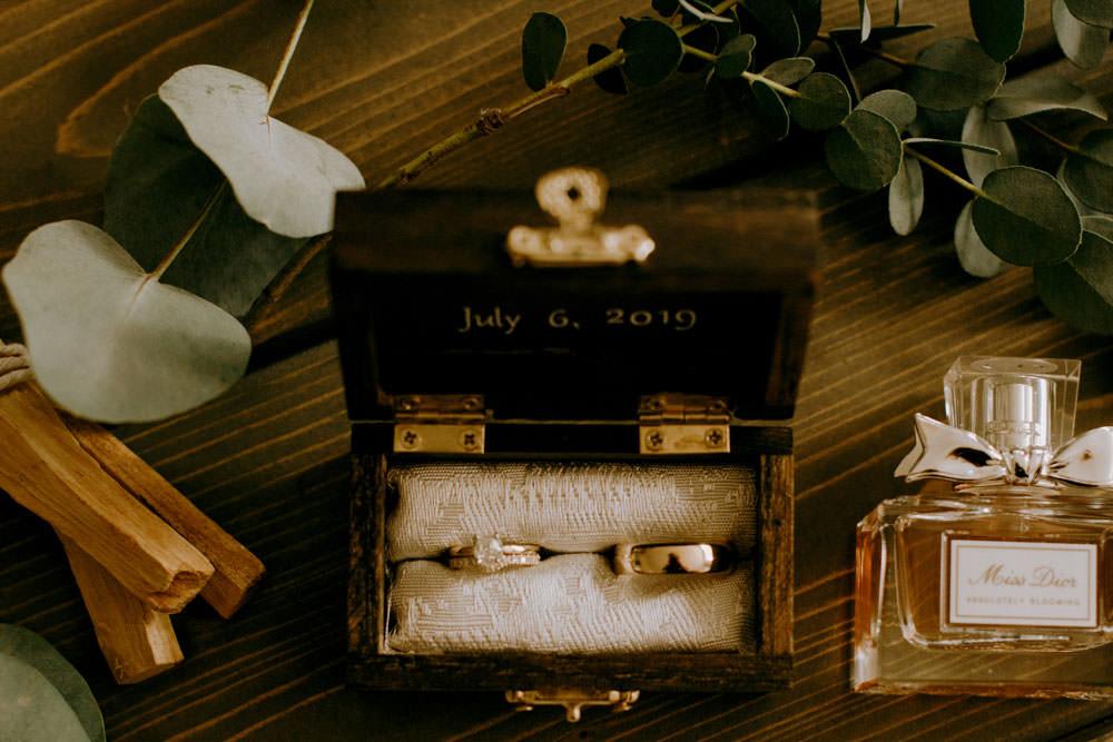 ontario wedding detail ring shot