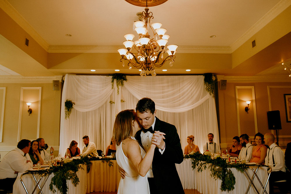 hellenic centre sudbury bride and groom first dance
