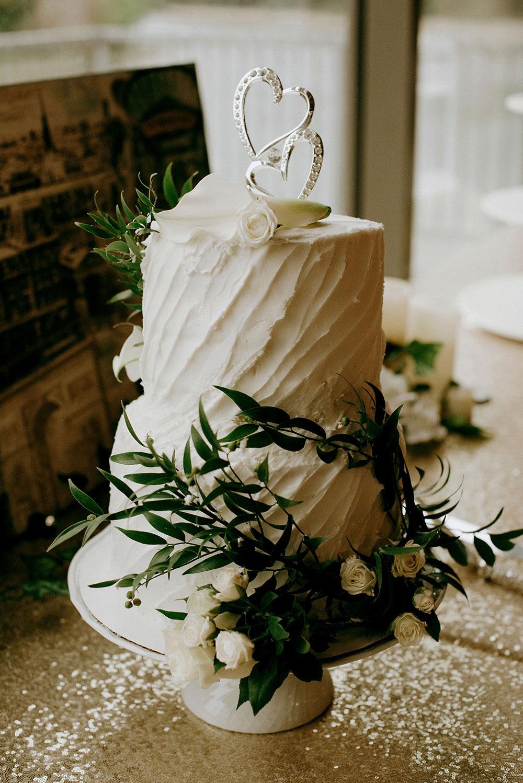 wedding cake in paris ontario