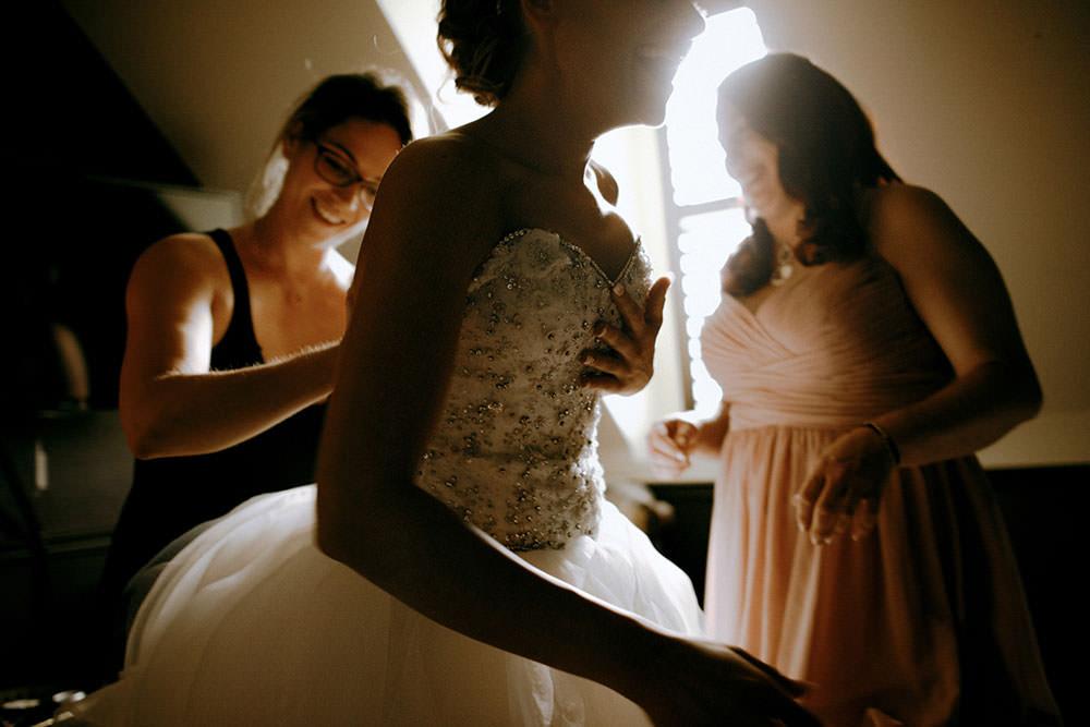 Paris Ontario Wedding bride getting ready