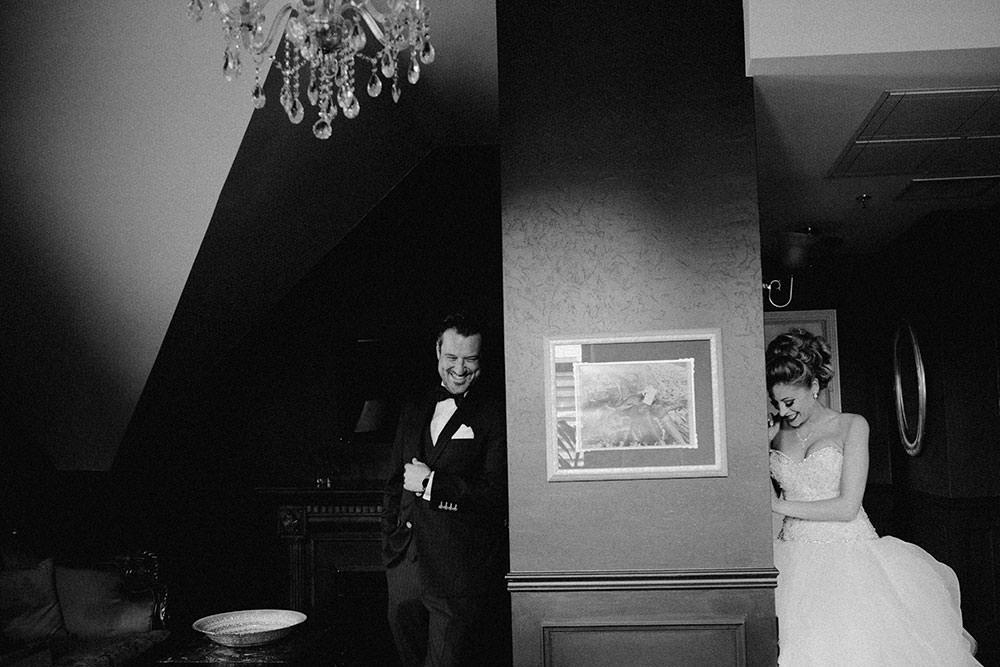 Paris Ontario Wedding groom and bride wait for reveal