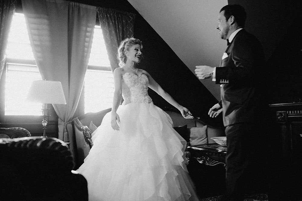 Paris Ontario Wedding groom sees bride for first time