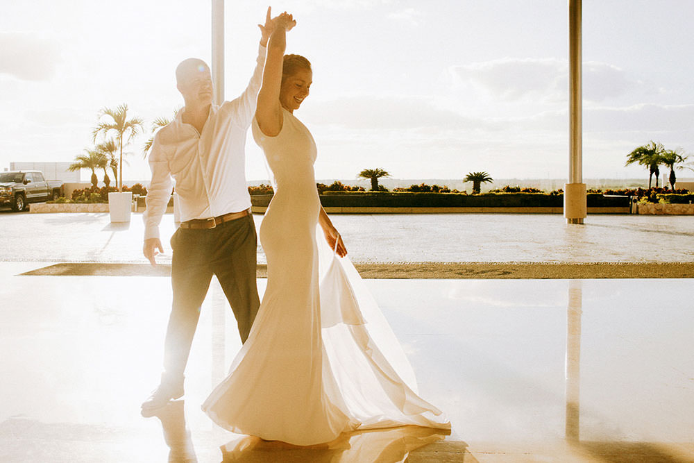 Royalton Riviera Cancun Wedding dance in sunset